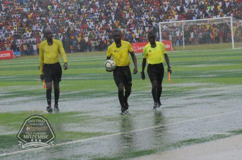 Et les eaux de pluie stoppèrent Sanga Balende-TPM !