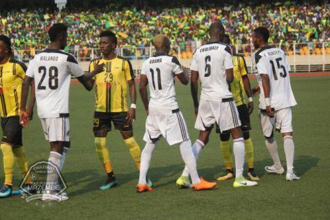 Escale à Kinshasa dimanche avant... Tunis