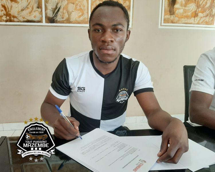 Jackson MULEKA signe au Standard de Liège